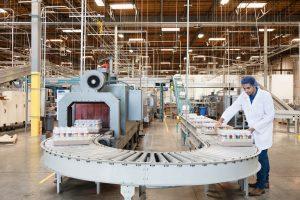 Read more about the article 3 EPIs que são obrigatórios na indústria de alimentos